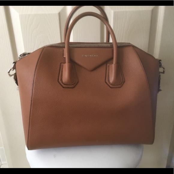 3fa32f8e20383 Givenchy Handbags - GIVENCHY Sugar Goatskin Medium Antigona Caramel